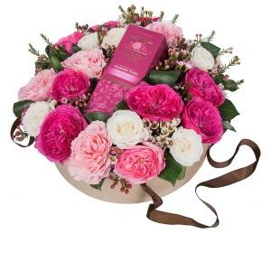 """Цветы в подарочной коробке """"Сюрприз"""""""