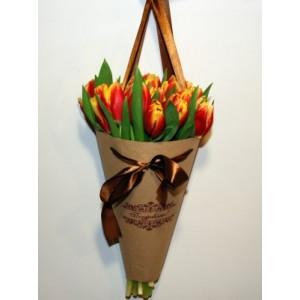 Букет из тюльпанов 29 шт.в конусе.