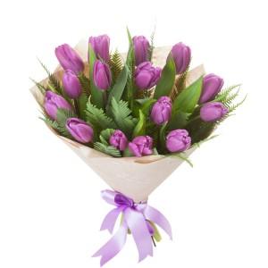 Букет из фиолетовых тюльпанов 15 шт.