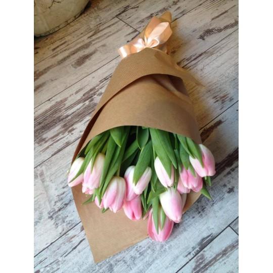 Букет из розовых тюльпанов 19 шт.