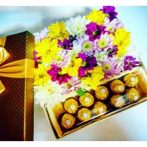 """Цветочная композиция в коробке """"Ferrero Rocher"""""""