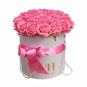 Розовые розы 51 шт в подарочной коробке!